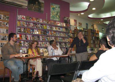 YSEO con Carmen González Marín en la presentación en la librería Berkana de Madrid, del libro de Yolanda Arroyo Pizarro.